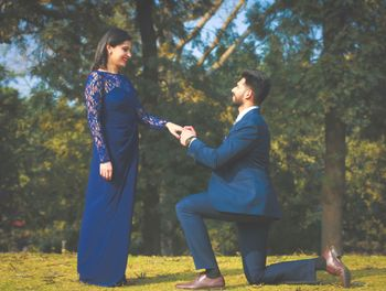 color co-ordinated pre-wedding shoot outfits