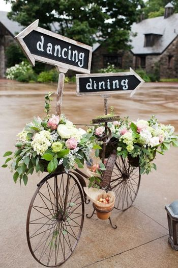 floral bicycle decor