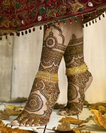 Bridal mehendi shoot