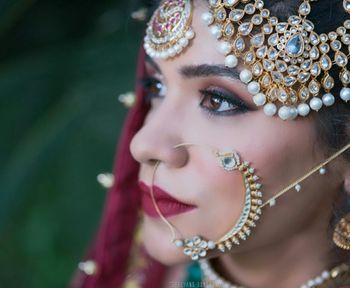 kundan and pearl bridal passa and kundan nose ring