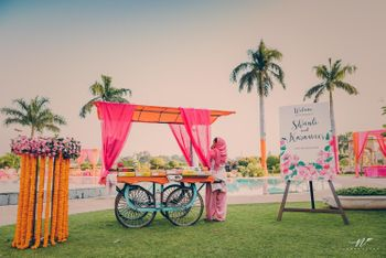 Photo of Cart in mehendi decor on entrance