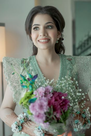 elegant and subtle bridal engagement look with unique sleeves