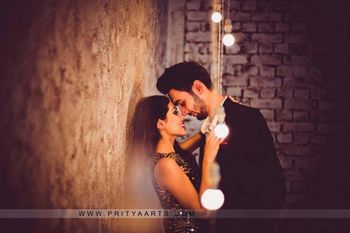 Photo of romantic pre-wedding couple shot