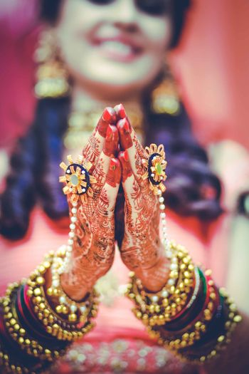 Beautiful bridal hands with haathphool