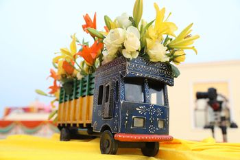 Photo of Decorated mini trucks for mehendi