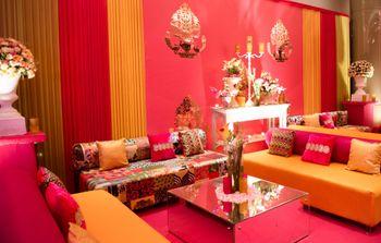 Photo of Fun and colorful Mehendi decor