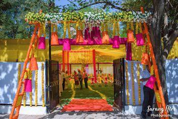 Paper decor ideas for entrance