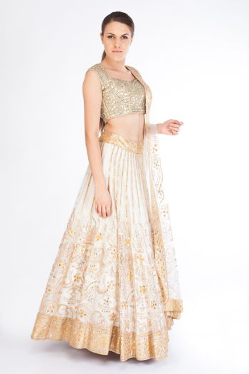 white and gold lehenga
