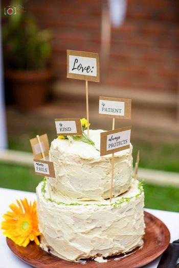 unique wedding cake topper idea