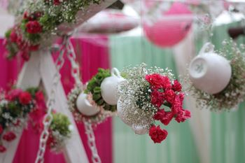 Floral hanging decor