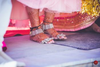 Silver foot jewellery for brides