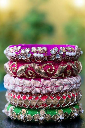 Photo of Zardozi bangles as mehendi favours
