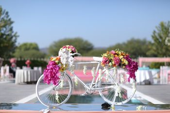 Mini floral bicycle in white