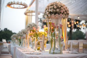 Glamorous table decor