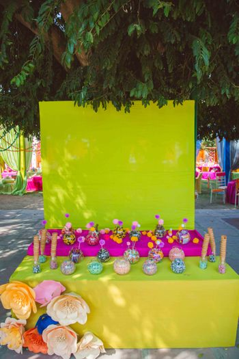 Colorful and bright day decor