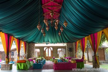 Unique moroccan theme tent decor idea