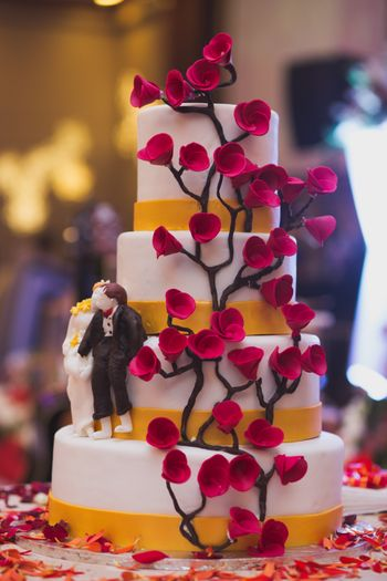 Unique 4 tier wedding cake with floral design