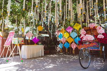 Fun and bright mehendi decor