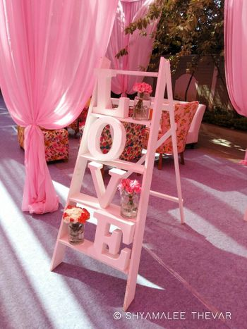 Pretty love ladder with florals