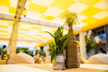 Photo of Simple table centerpiece