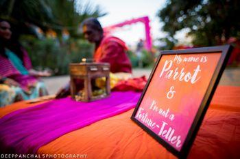 Mehendi activity idea with parrot fortune teller