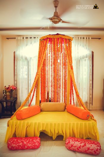 Photo of Beautiful floral seating ideas for mehendi