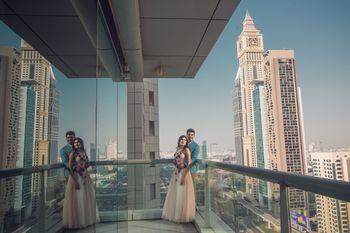 Photo of Pre wedding couple mirror reflection shot