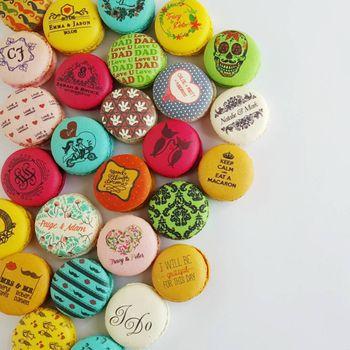Custom printed macarons as food favours