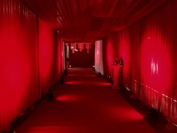 Photo of all red entrain decor