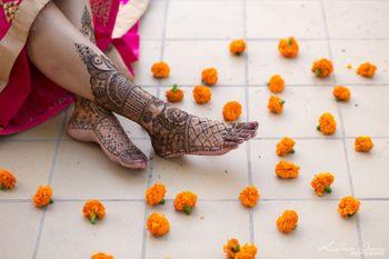 Bridal mehendi feet photography