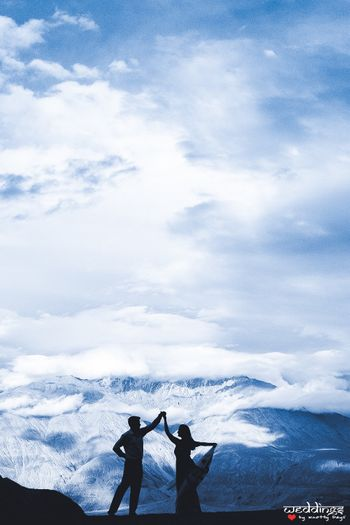 Romantic pre wedding shoot in Ladakh