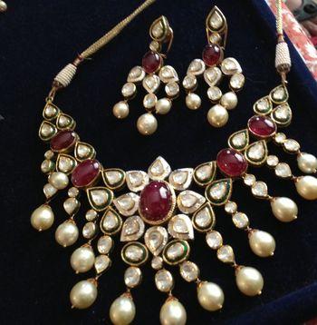 Sitara kundan and rubies with pearls