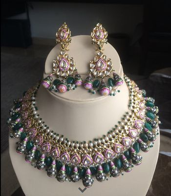 Photo of bridal necklace