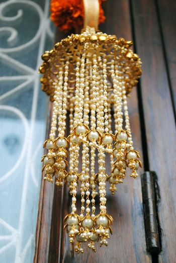 Gold and white kaleere with pearls