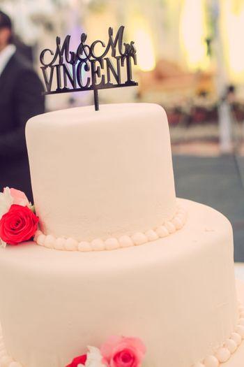 Photo of white fondant cake