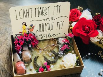 Bridesmaids boxes for sisters with things