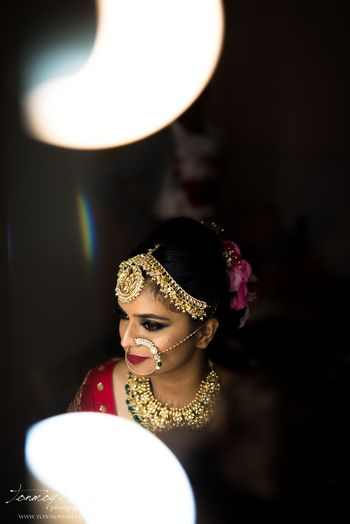 Bridal jewellery with big mathapatti