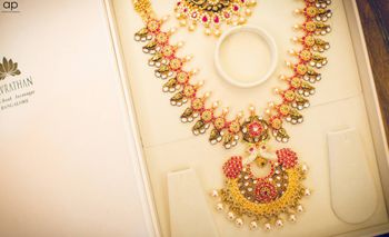 Colourful bridal necklace for South Indian bride