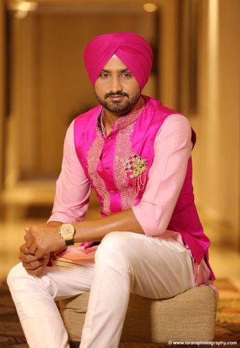 Photo of Harbhajan Singh in Pink Sherwani