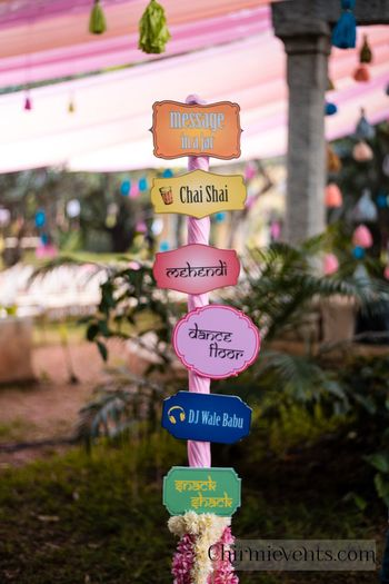 Fun direction boards for destination wedding idea