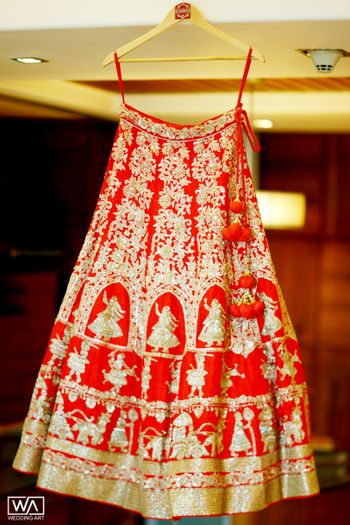 Bridal lehenga with unique motif and work