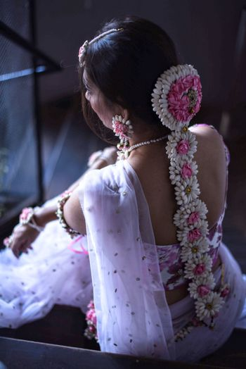 Photo of South Indian bride pink and white Jada