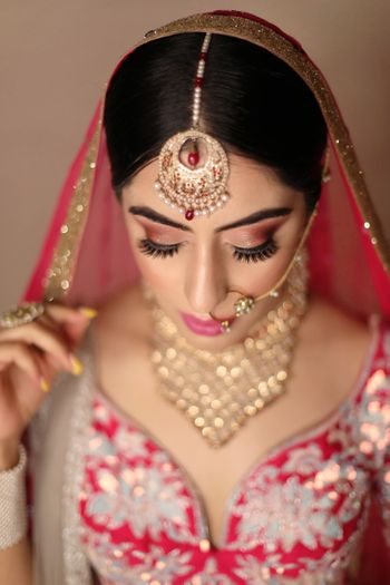 Pretty bridal portrait