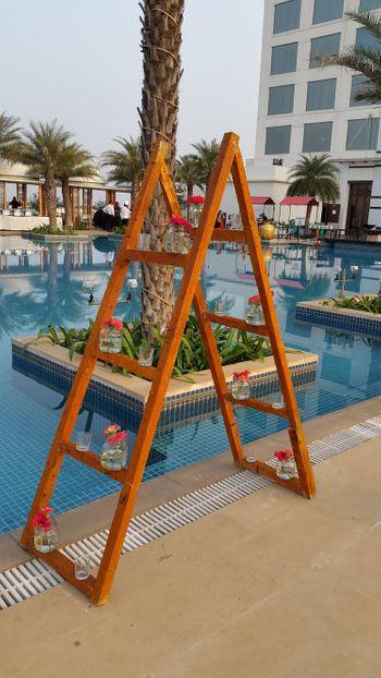 pool side function decor