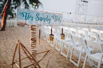 Sandy toe ideas for guests