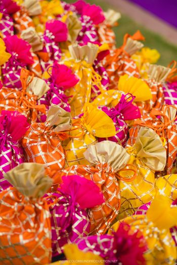 Photo of Cute colourful gotapatti potlis for mehendi