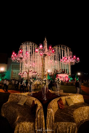 Floral chandelier with lighting tree