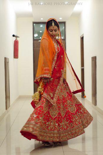 spinning brides