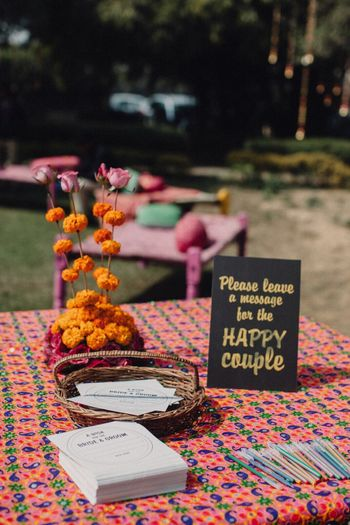 Leave messages for couple table