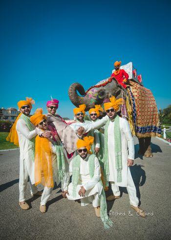 Coordinated groomsmen for wedding